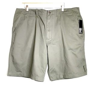 NWTs BILLABONG • Olive Chino Flat Front Shorts 40